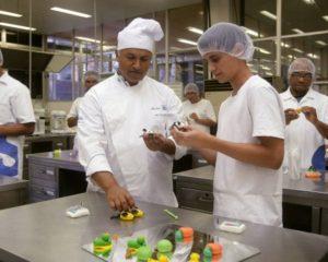 Confeiteiro - Conhecimento em bolos e tortas - Rio de Janeiro