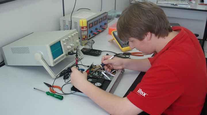 Técnico em Eletrônica - Ter rápido aprendizado - Rio de Janeiro