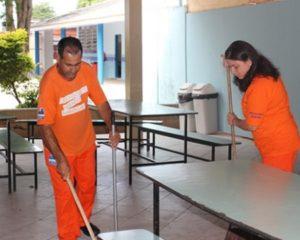 Auxiliar de Serviços Gerais - R$ 1.320,00 - Rio de Janeiro