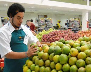 Repositor de Hortifruti - Zelar pela qualidade da arrumação - Rio de Janeiro
