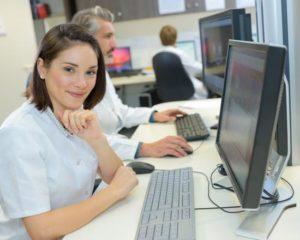 Auxiliar Administrativo - Conhecimentos em informática - Rio de Janeiro