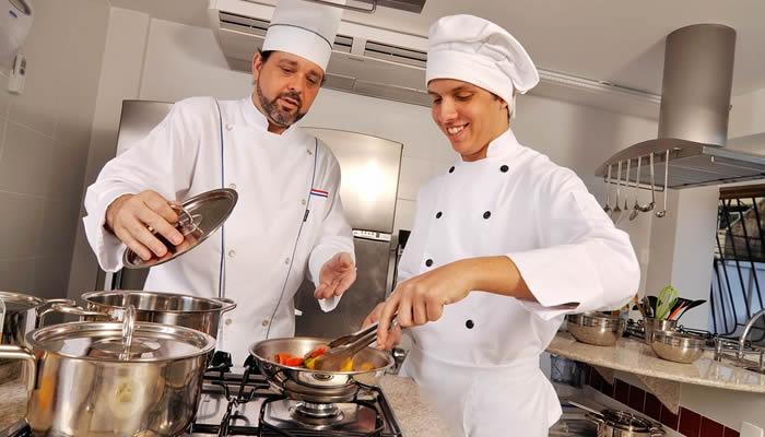 Operador de Cozinha - Ajudar no preparo de alimentos - Rio de Janeiro