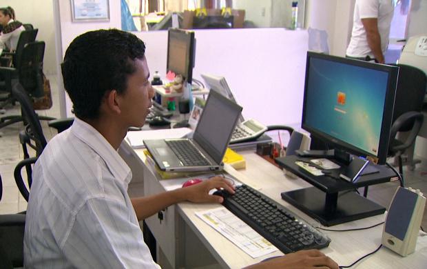 Jovem Aprendiz,Maqueiro - R$ 1.340,00 - Rotina de atendimento telefônico, ser comunicativo - Rio de Janeiro