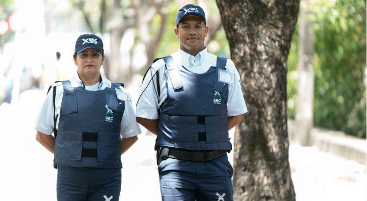Vigilante,Subgerente de Restaurante - R$ 1.700,00 - Ser atencioso, trabalhar bem em equipe - Rio de Janeiro