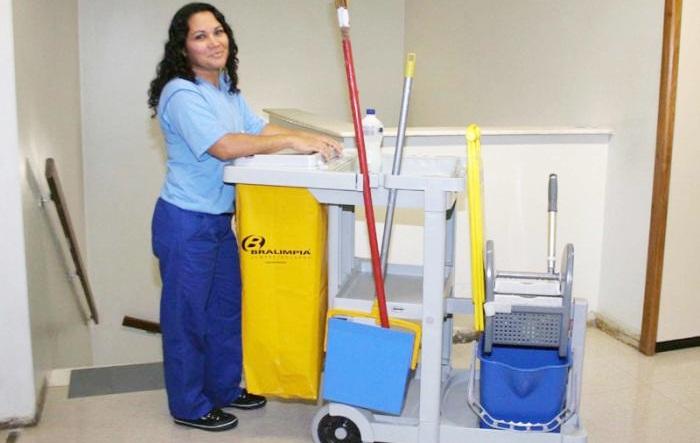Auxiliar de Serviços Gerais, Professor - R$ 1.239,00 - Limpar e conservar o local, ser proativo - Rio de Janeiro