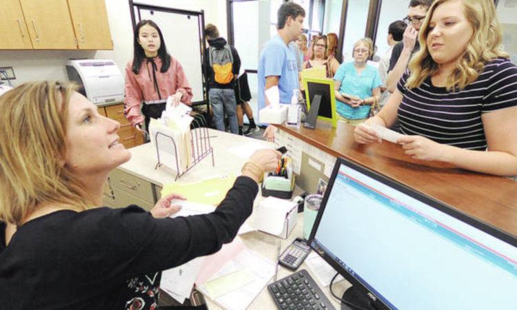 Oficial de Manutenção,Secretária - R$ 1.796,02 - Conhecer tipos diversos de manutenções, ser organizado - Rio de Janeiro