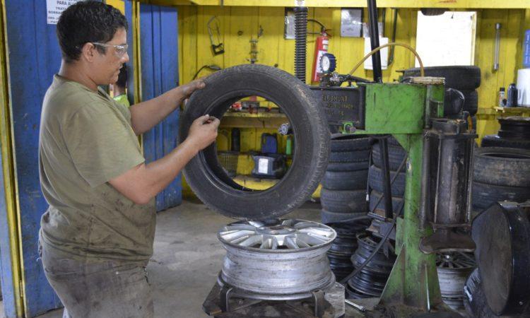 Borracheiro,Ajudante de Manutenção -R$ 1.242,00 - Utilizar ferramentas, ser um profissional paciente - Rio de Janeiro