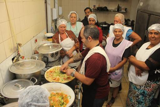 Operador de Cozinha, Técnica em Nutrição - R$ 1.250,18 - Trabalhar em escalas, ter disponibilidade de horário - Rio de Janeiro