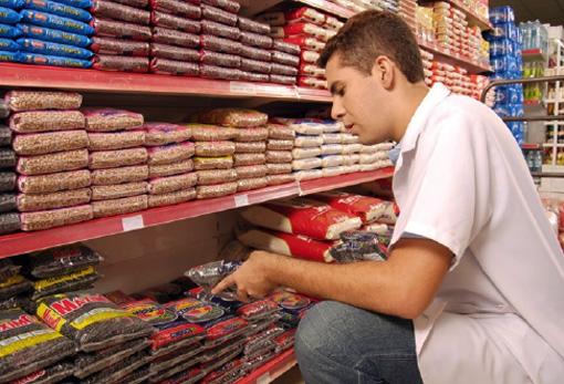 Repositor, Auxiliar de Serviços Gerais - R$ 1.277,00 - Arrumar e anotar em planilhas o fluxo de mercadorias - Rio de Janeiro
