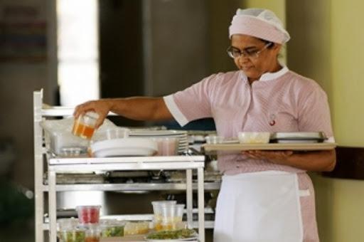 Copeira, Assistente de Ponto -R$ 1.200,00 - Ter bom relacionamento interpessoal, atuar servindo alimentos - Rio de Janeiro