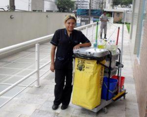 Auxiliar Administrativo, Faxineiro - R$ 1.700,00 - Conhecimentos em ferramentas digitais, ser proativo - Rio de Janeiro