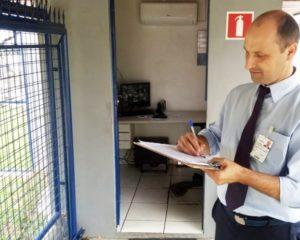 Porteiro, telefonista, vendedora, caixa, jovem aprendiz - R$ 1.373,02 - com e sem experiencia - Rio de Janeiro
