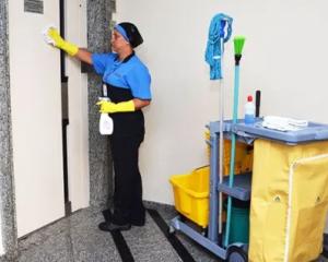 Subgerente de Loja,Auxiliar de Serviços Gerais - R$ 1.400,00 - Ter proatividade, atuar na liderança de equipes - Rio de Janeiro